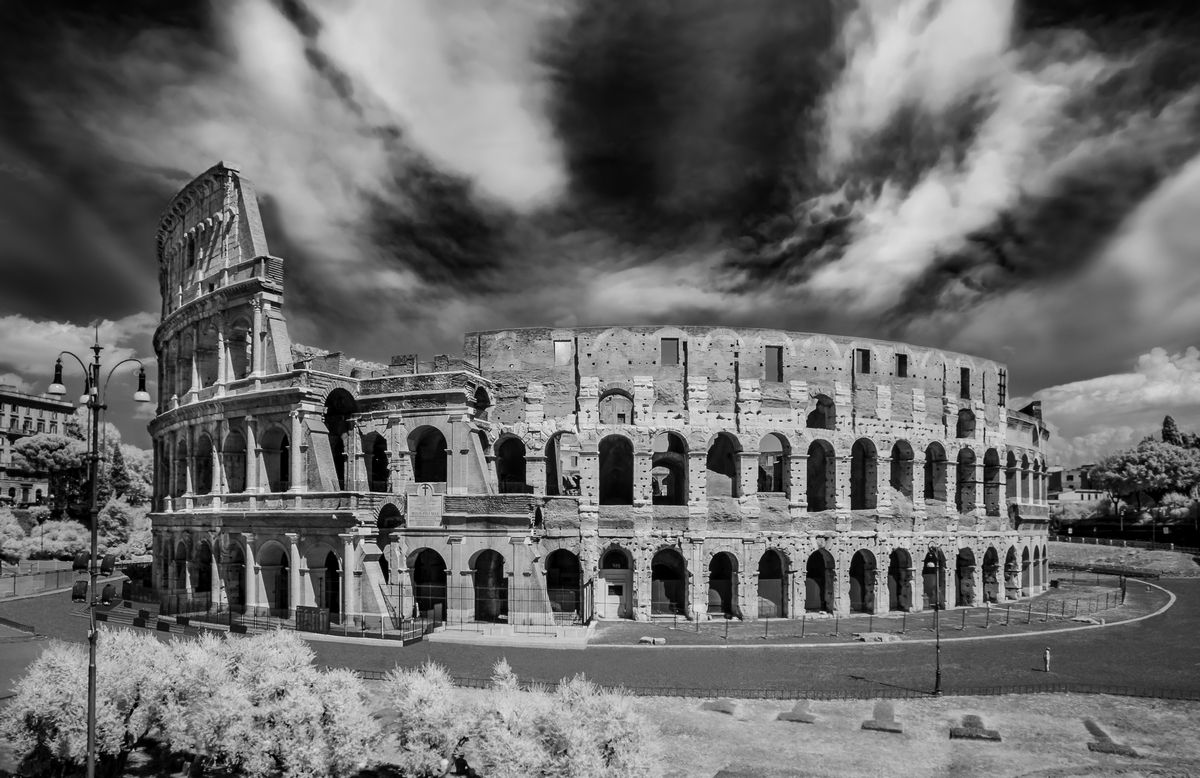 Invisible Light - 11 Colosseo (Roma) - 2018_[h08]